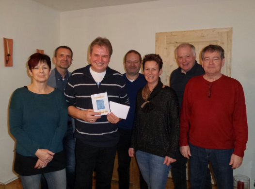 """Peter Ruzicka mit der Narren Ges.m.b.H, den Muthmannsdorfer """"Muthmannsdorf hilft auch"""" und der UBL Winzendorf-Muthmannsdorf"""
